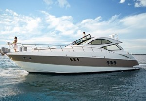 cruisers-yachts-520-sports-coupe-sport-boat-2008